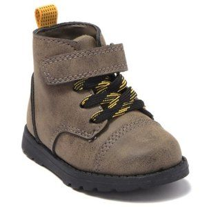 NEW Carter's Toddler Boot size 8